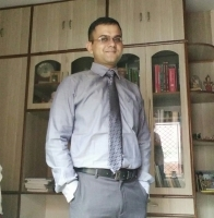 Dr. Anshuman Srivastava