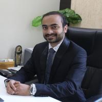 Dr. Dhruv Thakkar